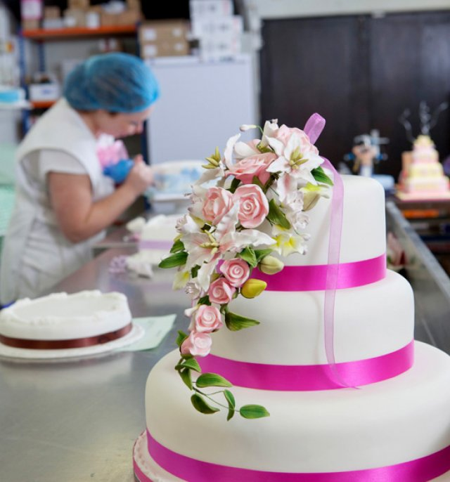 Multi tiered elegant cake
